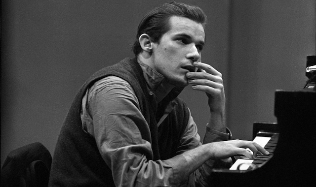 Glenn Gould | Photo: Don Hunstein copyright Sony Music Entertainment