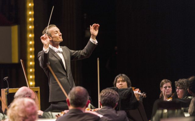 Alexander Shelley and the NAC Orchestra | Dwayne Brown