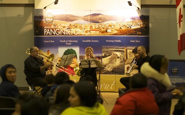 Concert communautaire à Pangnirtung