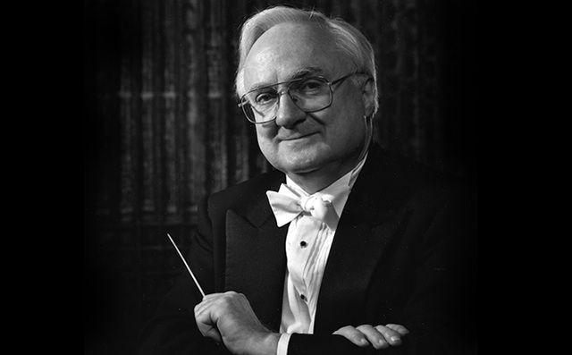 Maestro Mario Bernardi, C.C. | Photo: Malak Karsh
