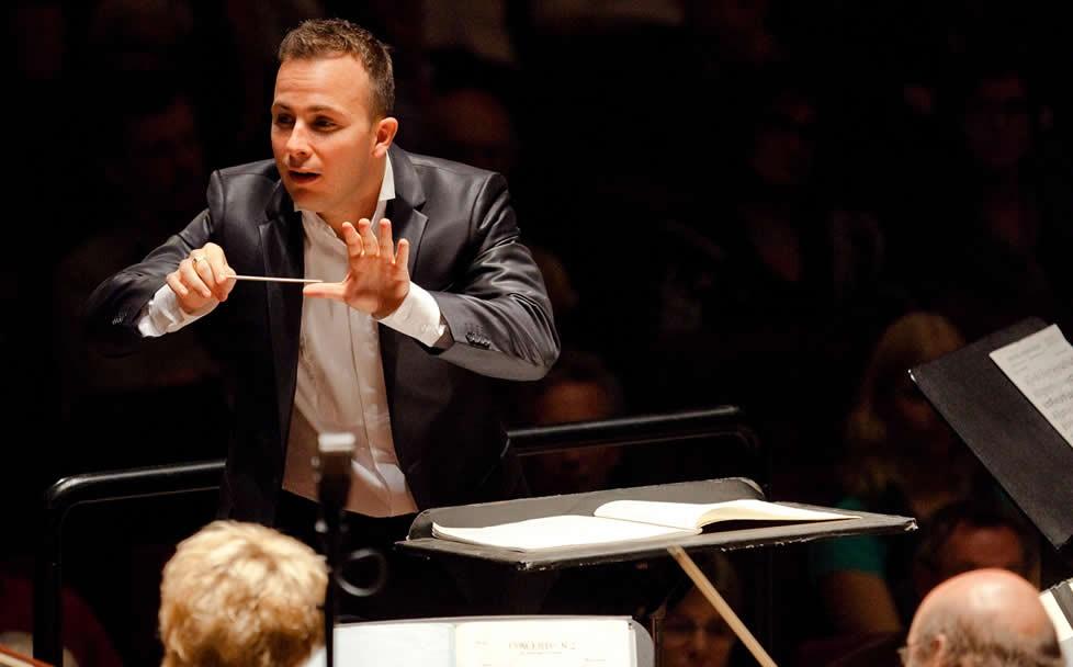 9. L'Orchestre du CNA et l'Orchestre Métropolitain de Montréal ont joint leurs effectifs dans un programme entièrement consacré à Strauss