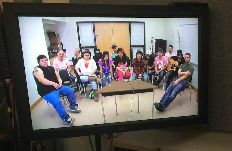 Élèves de l'école secondaire iCount de Moricetown, en Colombie‑Britannique